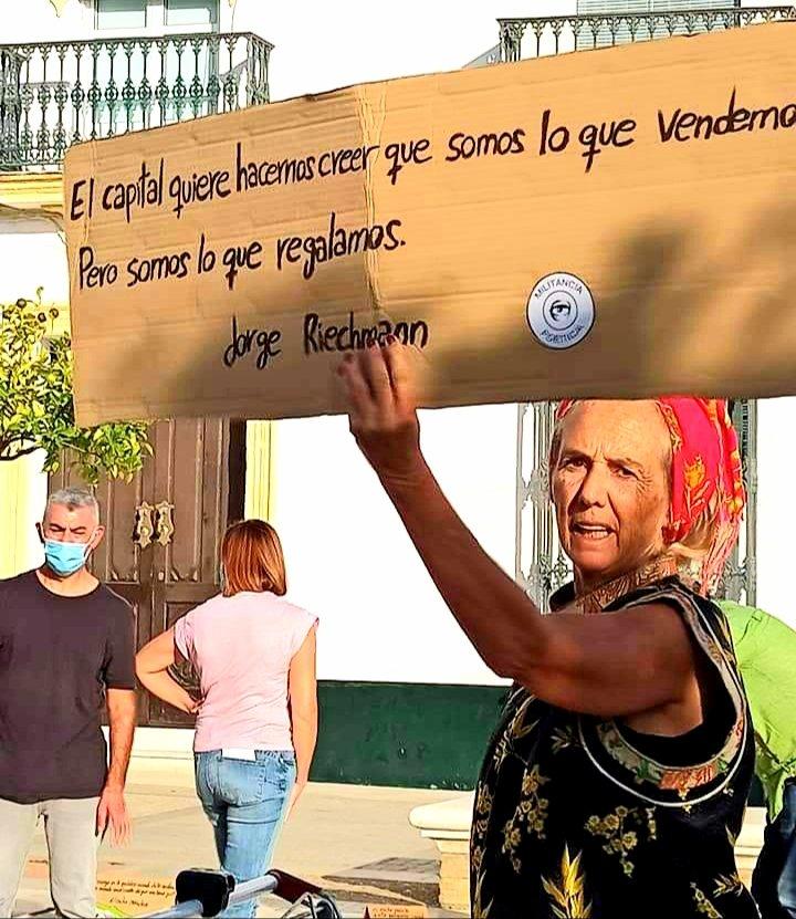 EL CAPITAL QUIERE HACERNOS CREER